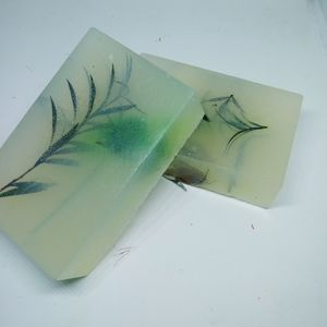 2 pk. Invigorating Essential Oils Soap